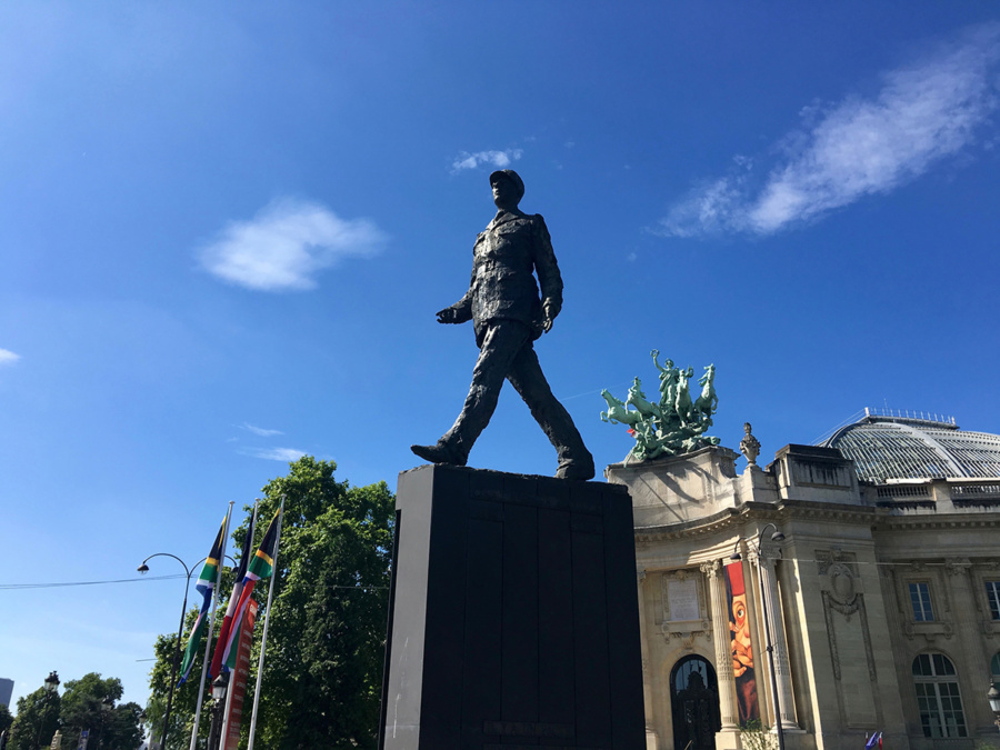 Statue General De Gaulle