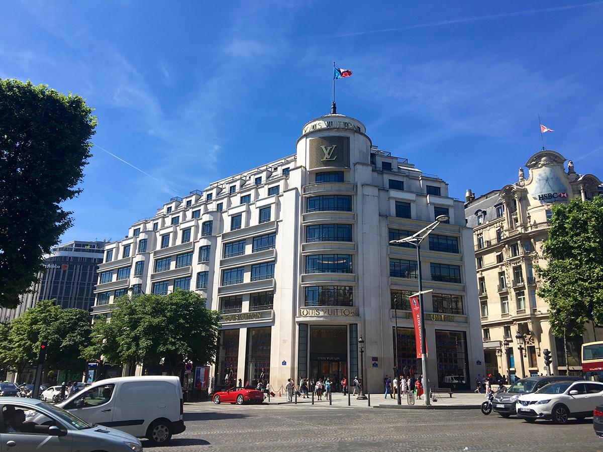 Paris day 3 strolling along avenue des champs lys es lord around the world - H m avenue des champs elysees ...
