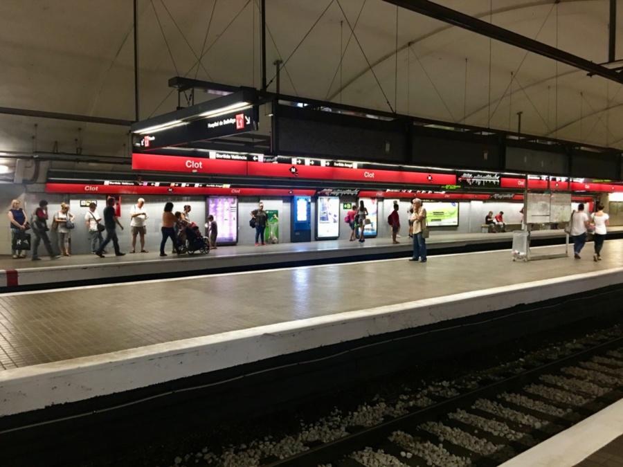 Clot Metro Station